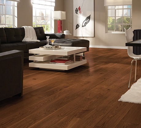 Feb-Canadian-red-oak-flooring-deals-Livingroom-Gunstock